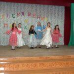 Выступление театра песни Веселинка