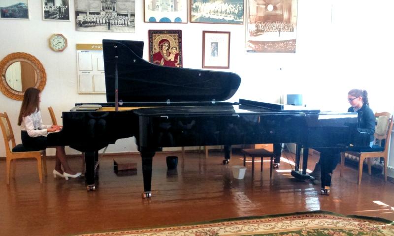 Концерт фортепианной музыки ко Дню Победы