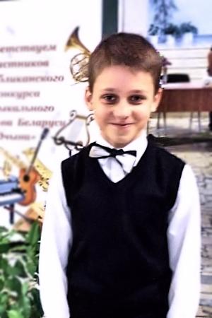 Новик Степан