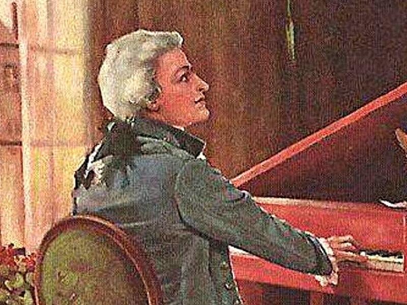 Моцарт за роялем