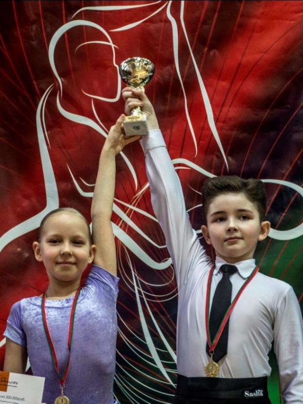 Маша Денисова и Влад Михно