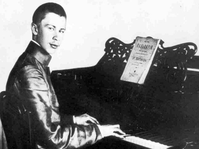 Прокофьев Сергей — студент консерватории