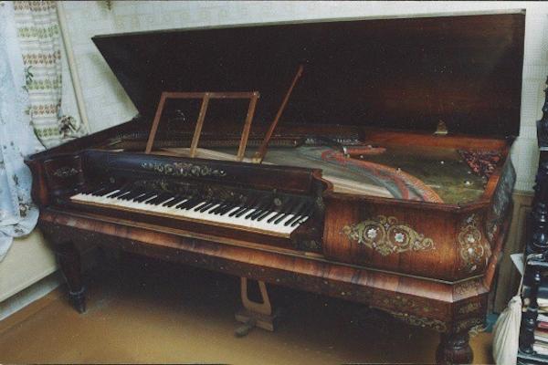 Клавикорд большой