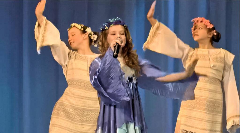 Рапсодия на фестивале Сузорье