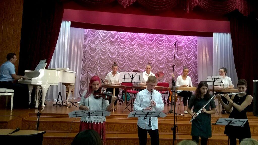 Визит израильтян. Концерты на белорусской земле