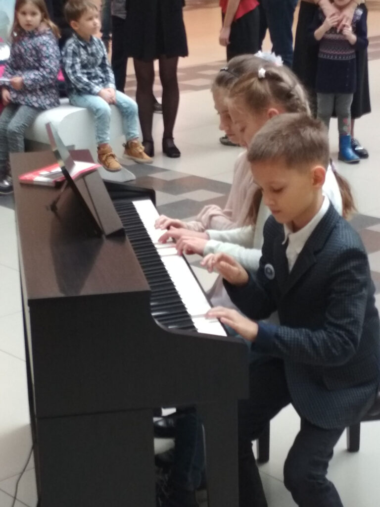 Буратинки-Свободное пианино