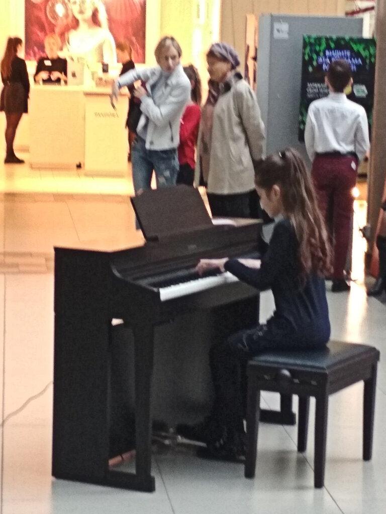 Свободное фортепиано в День пианиста